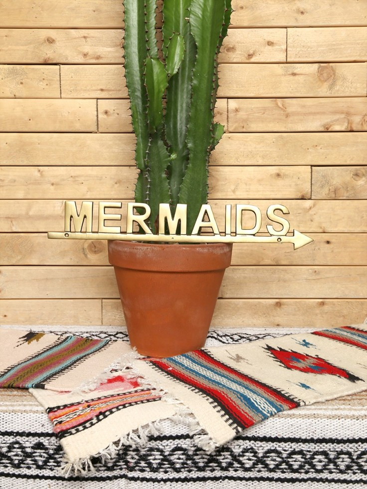 mermaids_this_way_sign_3